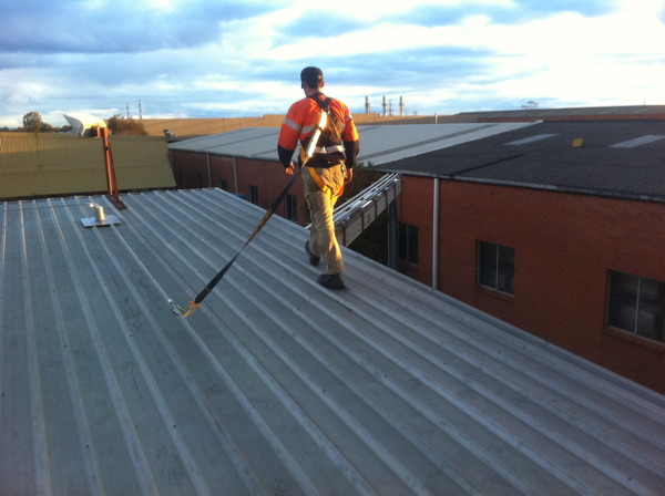 Roof Top Height Safety Static Line System By Rigcom Access